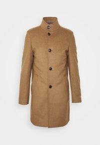 SOLID STAND UP COLLAR COAT - Klasický kabát - brown