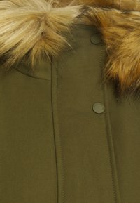 Marc O'Polo - THERMORE SHAPED FIX HOOD FRONT ZIP - Light jacket - natural olive - 8