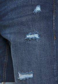 Jack & Jones - JJIRICK JJORIGINAL - Denim shorts - blue denim - 6