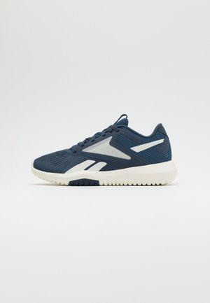 FLEXAGON FORCE 2.0 - Sports shoes - smoind/chalk