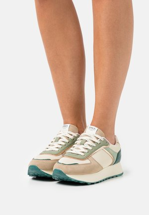 ONLSONIA COLOR ELEVATED  - Sneakers laag - green
