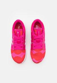 adidas Performance - EDGE LUX 4 X MARIMEKKO - Zapatillas de entrenamiento - team real magenta/footwear white/vivid red - 3