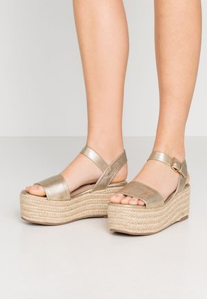 WHISKY CHUNKY FLATFORM WEDGE  - Espadrillas - gold