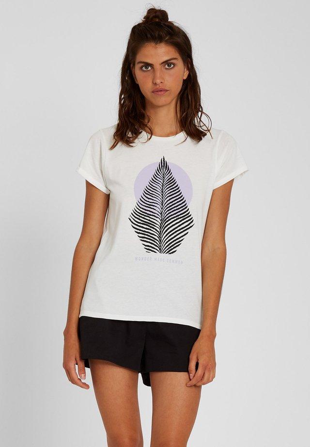 RADICAL DAZE  - Print T-shirt - star_white