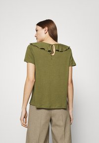 Mos Mosh - FLOUNCE TEE - Basic T-shirt - capulet olive - 2