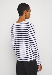 Selected Femme - SLFSTANDARD NEW TEE - Long sleeved top - maritime blue/bright white - 2
