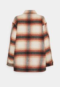 Pieces - PCCARLENE SHACKET - Summer jacket - aragon/birch/black - 1