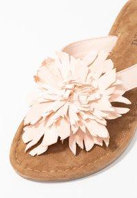 Lazamani - T-bar sandals - nude - 2