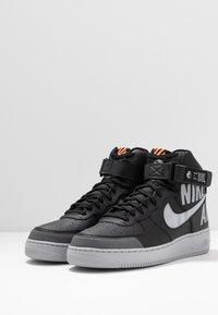 Nike Sportswear - AIR FORCE 1 - Sneakers hoog - black/wolf grey/dark grey/total orange/white - 2