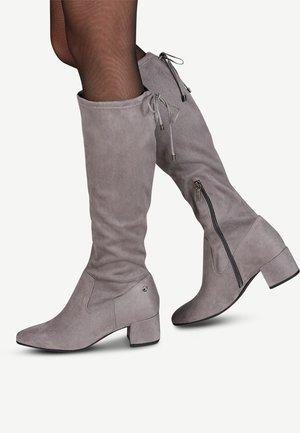 Boots - graphite