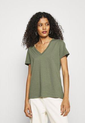 NEW SUPIMA VEE - Basic T-shirt - dark olive