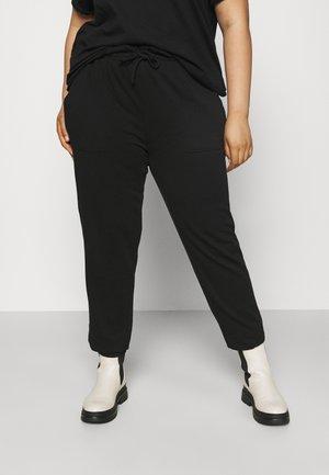 CARZOE LIFE PABERBAG PANT - Kalhoty - black