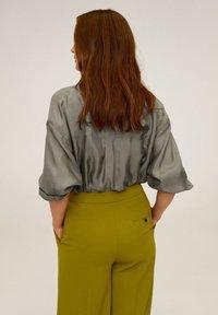 Mango - GRETITA - Button-down blouse - khaki - 2