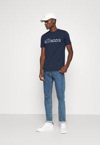 Ellesse - LOCARA - Print T-shirt - navy - 1