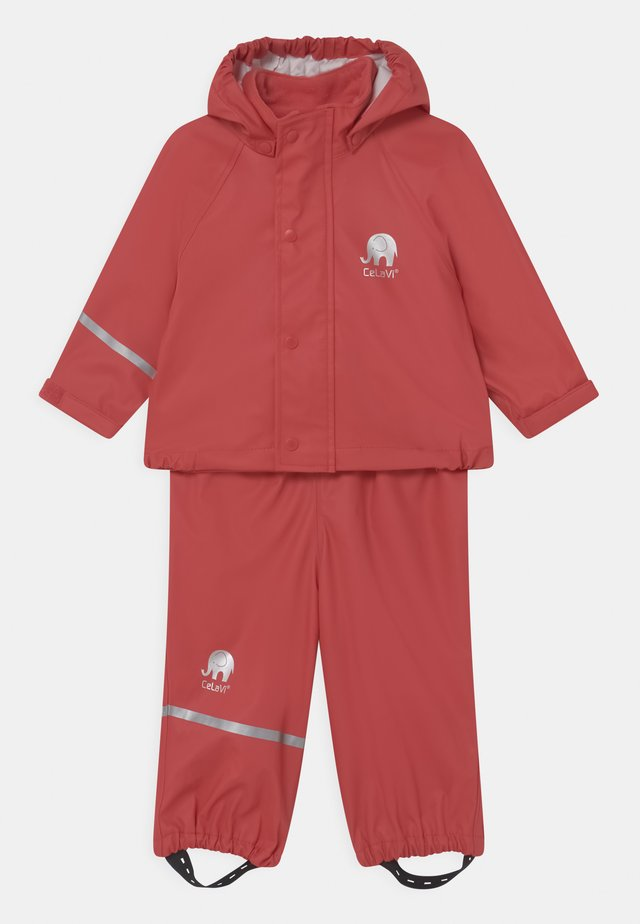BASIC RAINWEAR SOLID SET UNISEX - Regenbroek - baked apple