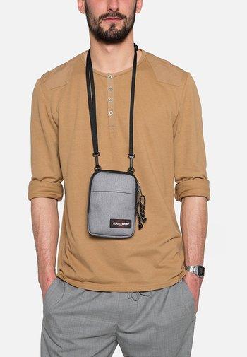 BUDDY/CORE COLORS - Across body bag - sunday grey