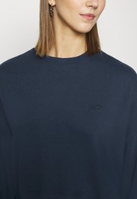 Hollister Co. - ICON CREW - Sweatshirt - navy - 4