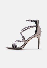 Buffalo - MERCY - Sandály na vysokém podpatku - pewter - 1