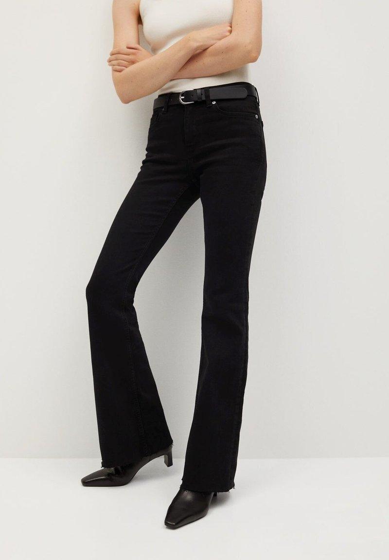Mango - FLARE - Flared Jeans - black denim