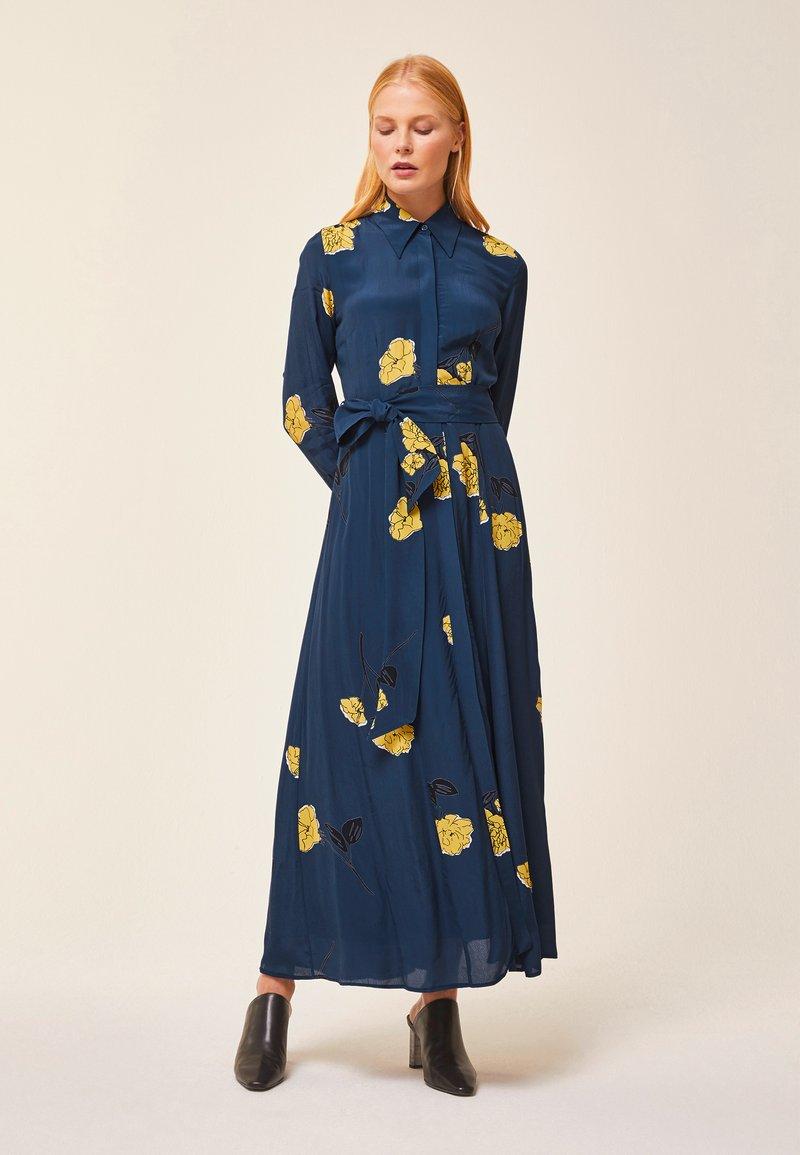 IVY & OAK - SHIRT DRESS MIDI - Maxi-jurk - blue