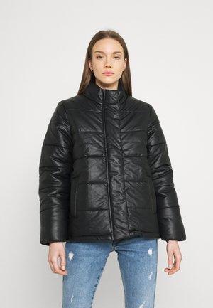 PUFFER - Zimní bunda - black