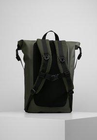 Filson - DRY BACKPACK - Rygsække - green - 2