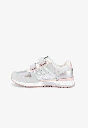 Zapatillas - plata