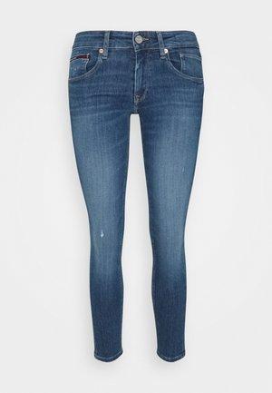 SCARLETT  - Jeans Skinny Fit - denim medium