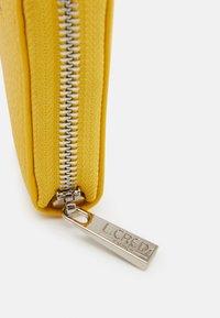 L. CREDI - ELLA  - Wallet - lemon - 3