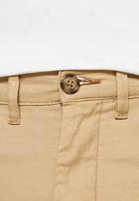 Selected Homme - SLHSLIM MILES PANTS - Chino - cornstalk - 4