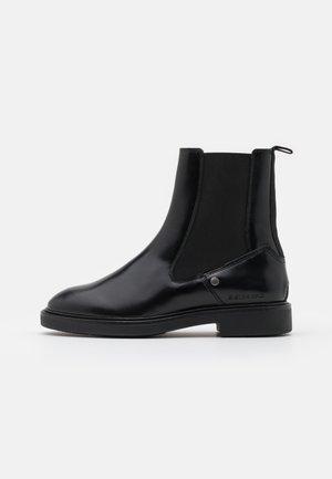 CORBEL CHELSEA BOOT - Korte laarzen - black
