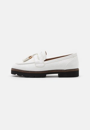 LEIGH LOAFER - Mocasines - white