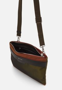 Paul Smith - BAG FLAT XBODY UNISEX - Across body bag - copper - 3