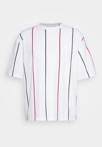 Topman - BOXY  - Print T-shirt - multicolor - 4