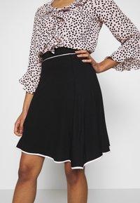 Anna Field Petite - FLARED SKIRT - A-line skirt - black - 4