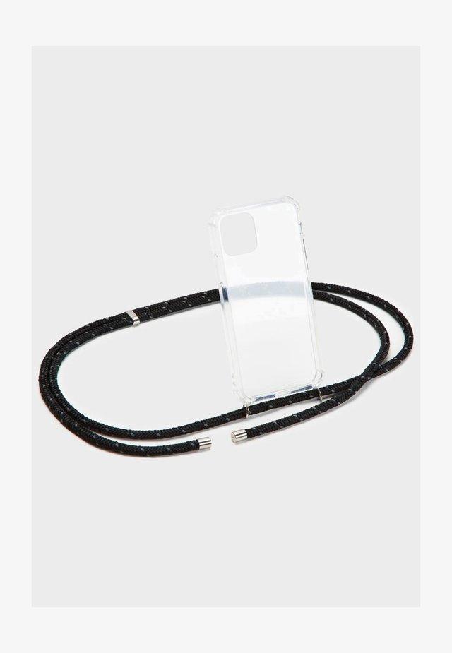 BASIC IPHONE 7/8 PLUS - Phone case - black reflective/silber