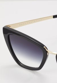 QUAY AUSTRALIA - REINA MINI - Sunglasses - black/fade - 2