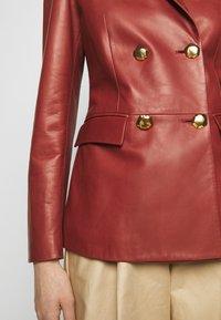 Bally - Leather jacket - spice - 5