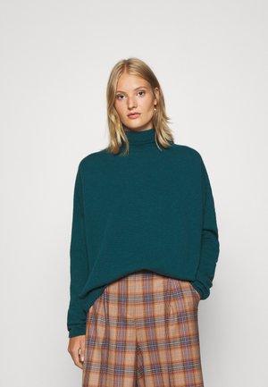 LIORA - Pullover - grün