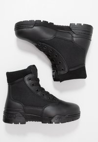 Hi-Tec - MAGNUM CLASSIC MID - Hiking shoes - black - 1