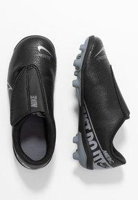 Nike Performance - MERCURIAL JR VAPOR 13 CLUB MG UNISEX - Fußballschuh Nocken - black/metallic cool grey/cool grey - 0