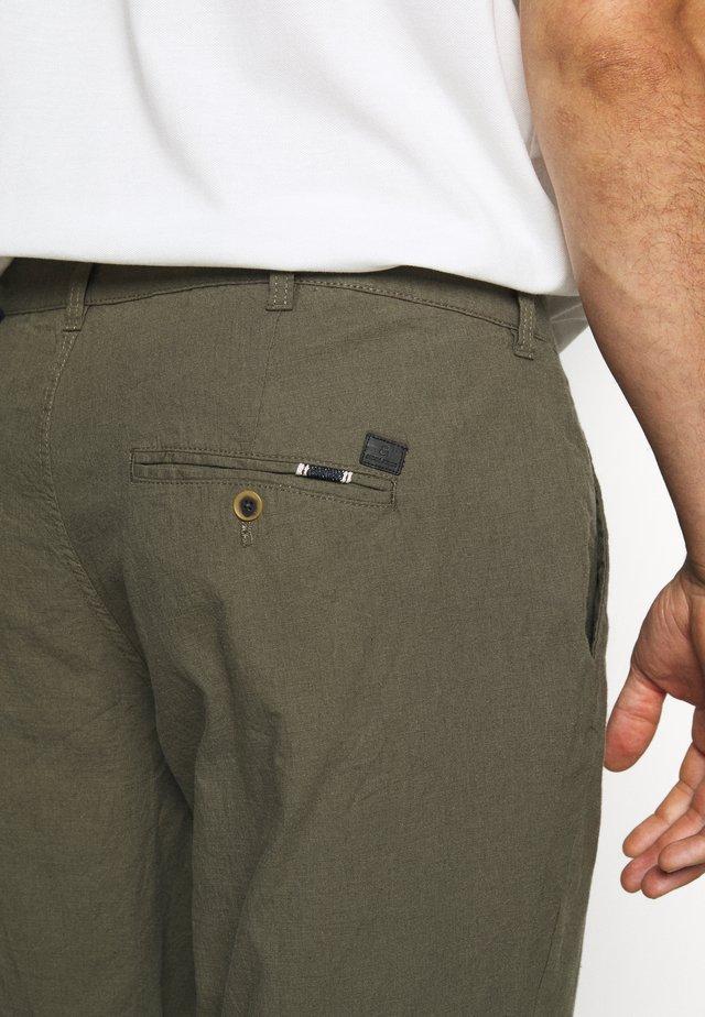 JJIMARCO JJLINEN AKM - Trousers - olive night