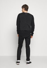 Champion Reverse Weave - UTILITY VEST - Veste - black - 2