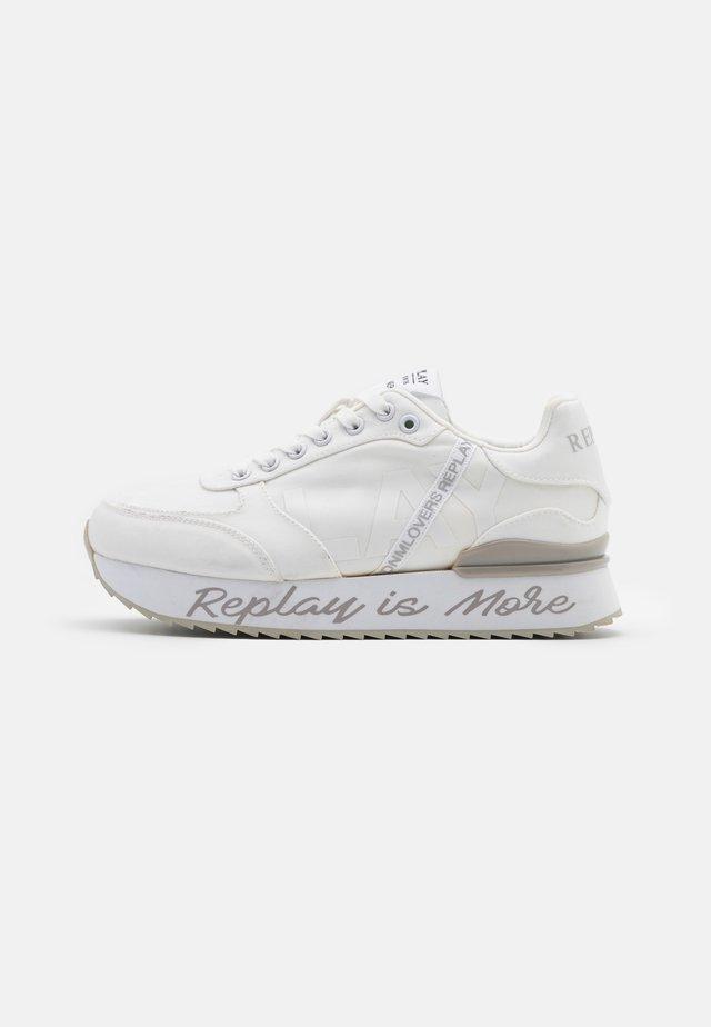 HAMER - Sneakers laag - white