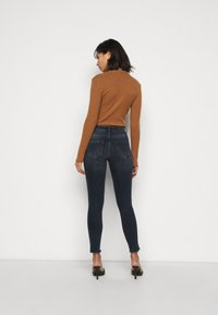 ONLY Petite - ONLBLUSH LIFE  - Skinny džíny - medium blue denim - 2