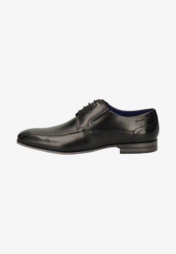 Elegantní šněrovací boty - schwarz