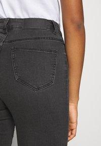Noisy May - NMCALLIE - Jeans Skinny Fit - dark grey denim - 3