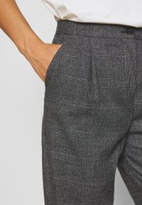 Monki - TARJA TROUSERS - Trousers - grey - 4