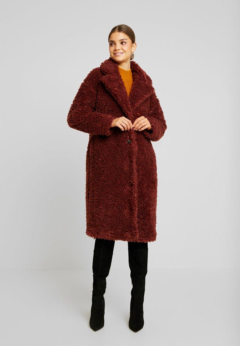 Vero Moda - VMSOPHIA  - Zimní kabát - madder brown