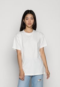 Vero Moda - VMOBENTA OVERSIZED 2-PACK - Basic T-shirt - black & white - 0